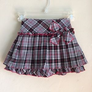 The Children's Place Red, Black, & Gray Skirt, 5T